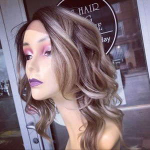 Accessories - Ash blonde ombré asymmetrical wig Lacefront